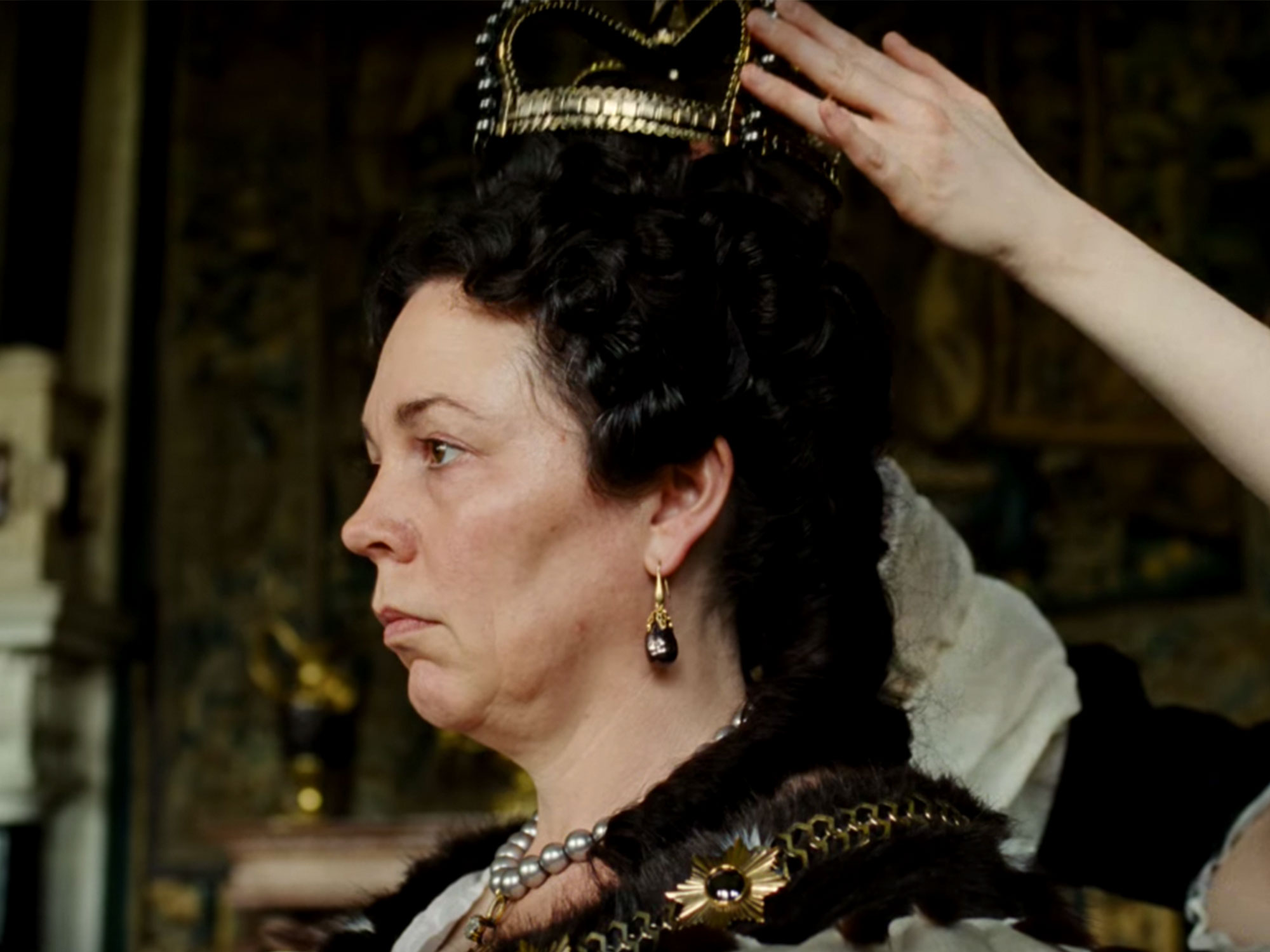The Favourite: Watch: Rachel Weisz And Olivia Colman In The Favorite Trailer